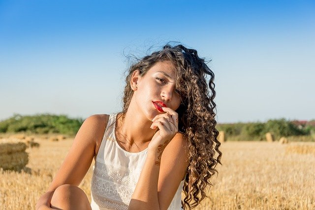 Krása je v každé z nás přirozeně, jen si správně vybrat střih vlasů