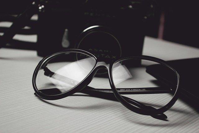 Jak správně zacházet s brýlemi?