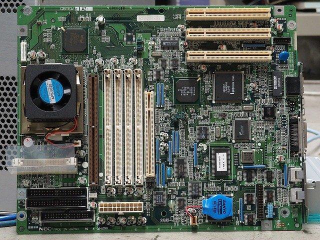 Nejčastější závady počítačového hardware u opravy PC Beroun