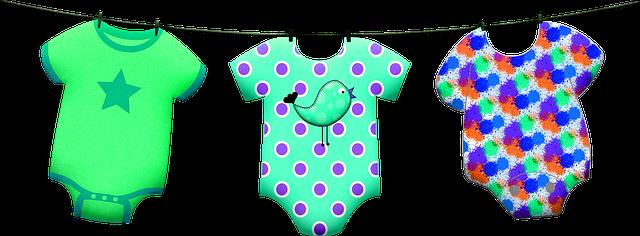 První oblečky pro naše miminko