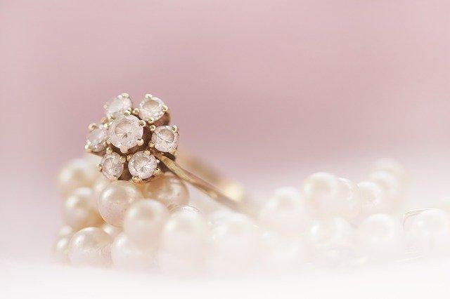 Darujte své milované pravé perly